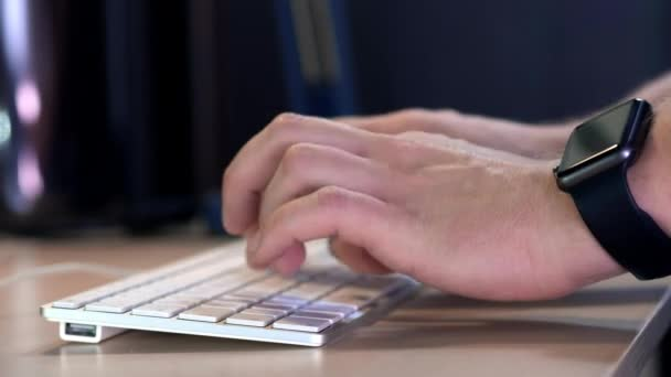 Доступно 4 способа — каждый может выбрать удобный вариант. 1хБет регистрация по адресу e-mail и через социальные сети